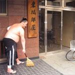 玄関の掃除